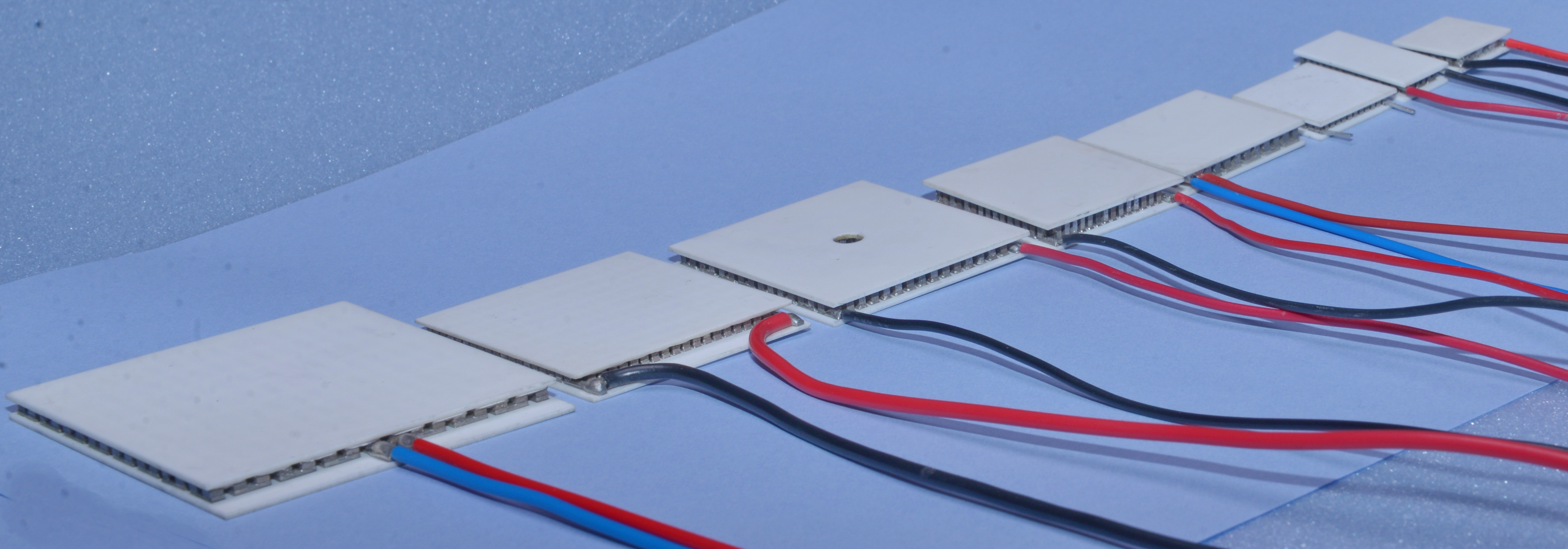 Thermoelectric Coolers, Thermoelectric Chillers | CustomChill