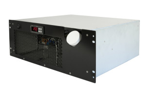 CRAL400DP Rack Mount Chiller Side View